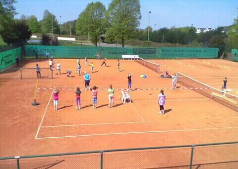 Tennisclub-in-Lindlar - Chr. Höver & Sohn GmbH | Leppe Edelstahl informiert Sie über Sehenswertes - News und Tipps aus Lindlar